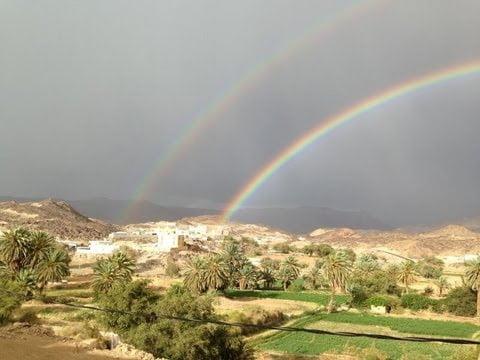 أمطار غزيرة مصحوبة بزخات من البرد على منطقة نجران