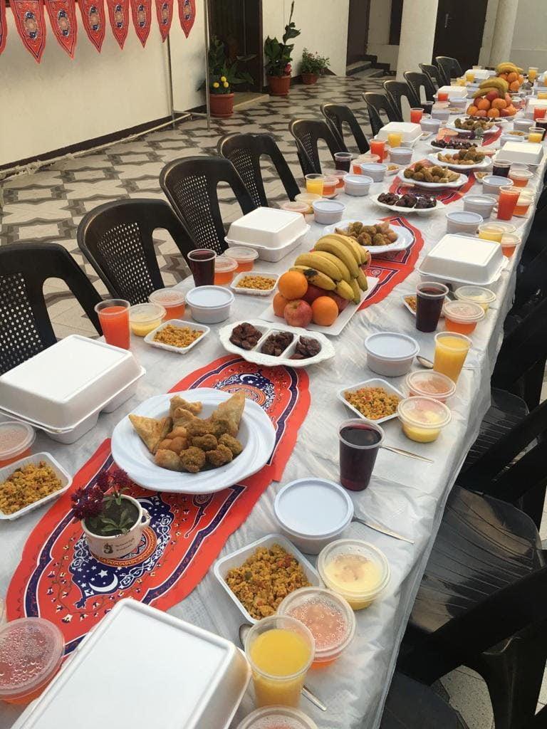إفطار جماعي للنزيلات بمركز العاملات المنزلية بحائل