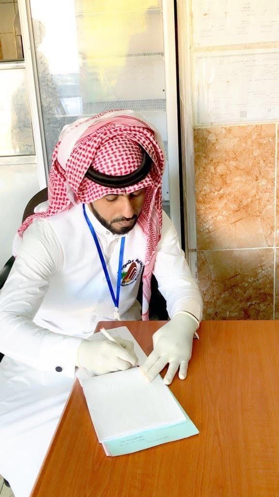 بلدية أشواق تواصل تكثيف جولاتها الرقابية على محال بيع الأطعمة