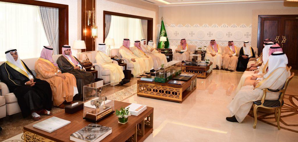 الأمير أحمد بن فهد يشيد بجهود صندوق المناسبات ويثني على الدور المجتمعي لقطاع الأعمال