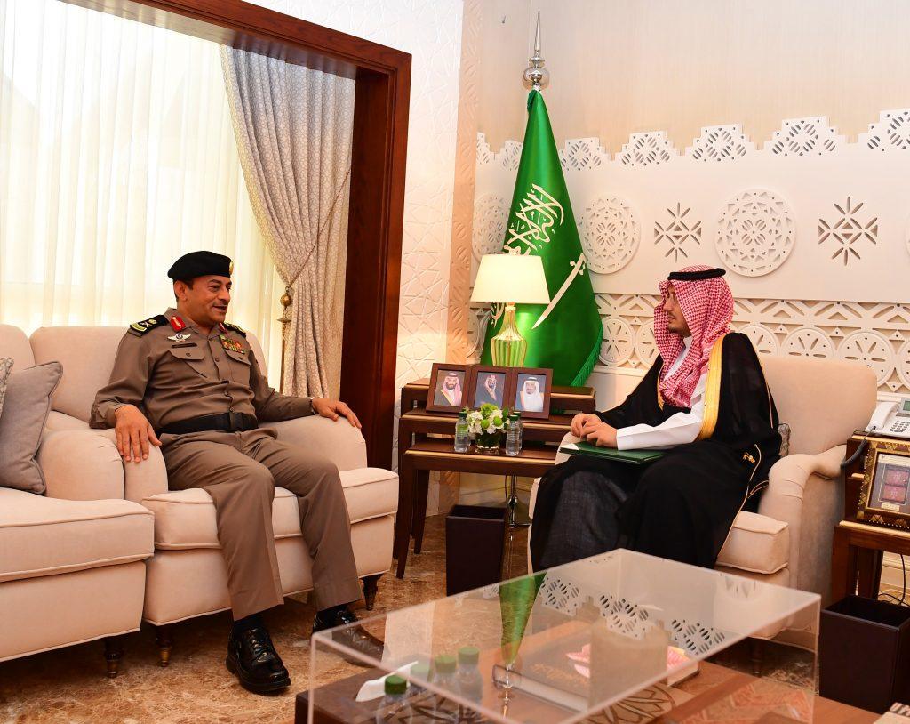 """نائب أمير الشرقية يستقبل مدير شرطة الدمام بمناسبة ترقيته إلى رتبة """"لواء"""""""