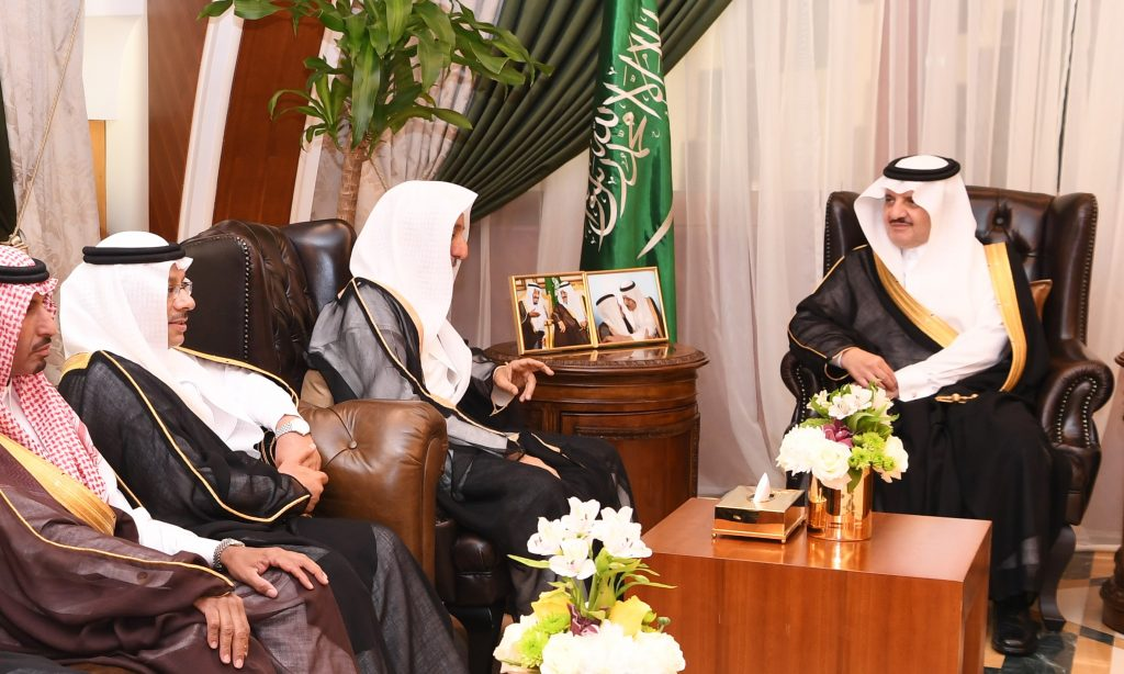 الأمير سعود بن نايف يستقبل منظمي ورعاة البطولة الوطنية العاشرة لجمال الخيل العربية الأصيلة بالأحساء