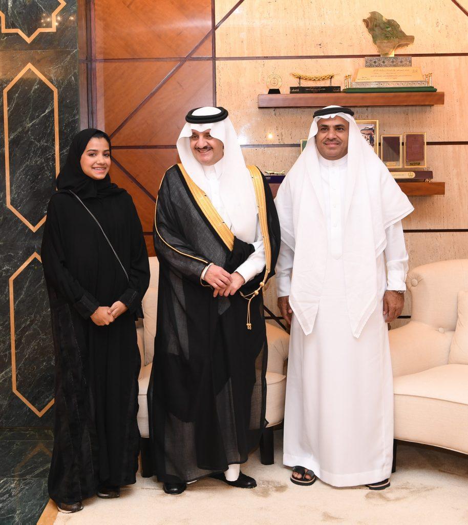 الأمير سعود بن نايف يستقبل الفائزة بالمركز الثالث في مسابقة أنتل أيسف