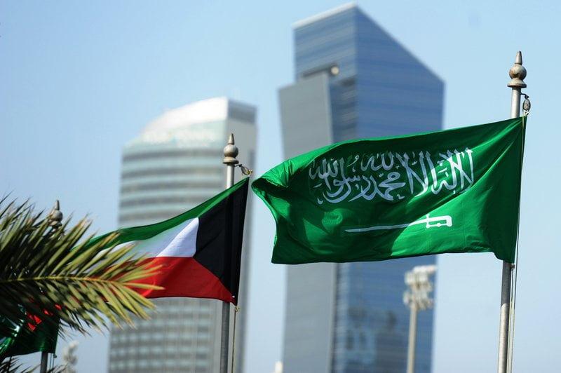 الكويت تدين الاستهداف المتكرر من المليشيا الحوثية للمملكة عبر إطلاق الصواريخ الباليستية
