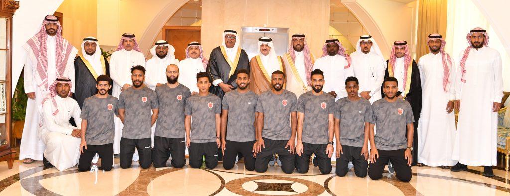 الأمير سعود بن نايف يستقبل رئيس وأعضاء ولاعبي نادي الثقبة