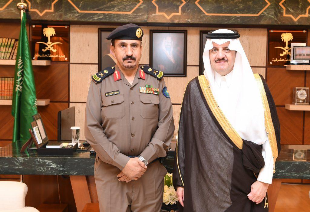 الأمير سعود بن نايف يقلد مساعد مدير الدفاع المدني بالمنطقة الشرقية رتبته الجديدة