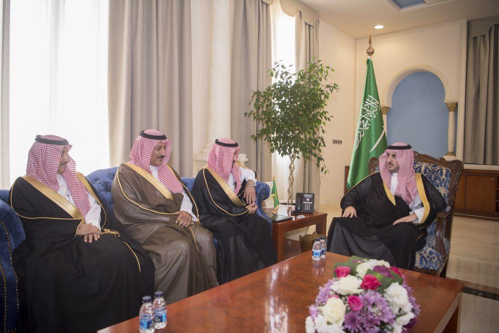أمير الجوف يستقبل محافظي المحافظات ورؤساء المراكز التابعة