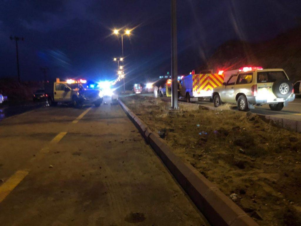 وفاة طفل وإصابة أربعة في حادث مروري بالحجرة في الباحة