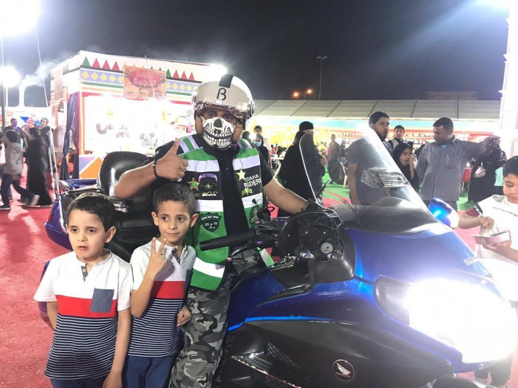 عروض الدراجات النارية تبهر زوار مهرجان صيف بلجرشي