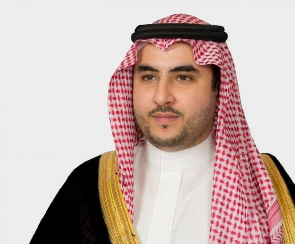 خالد بن سلمان: سنواجه جرائم ميليشيا الحوثي بحزم لا ينثني وصرامة لا تنكسر