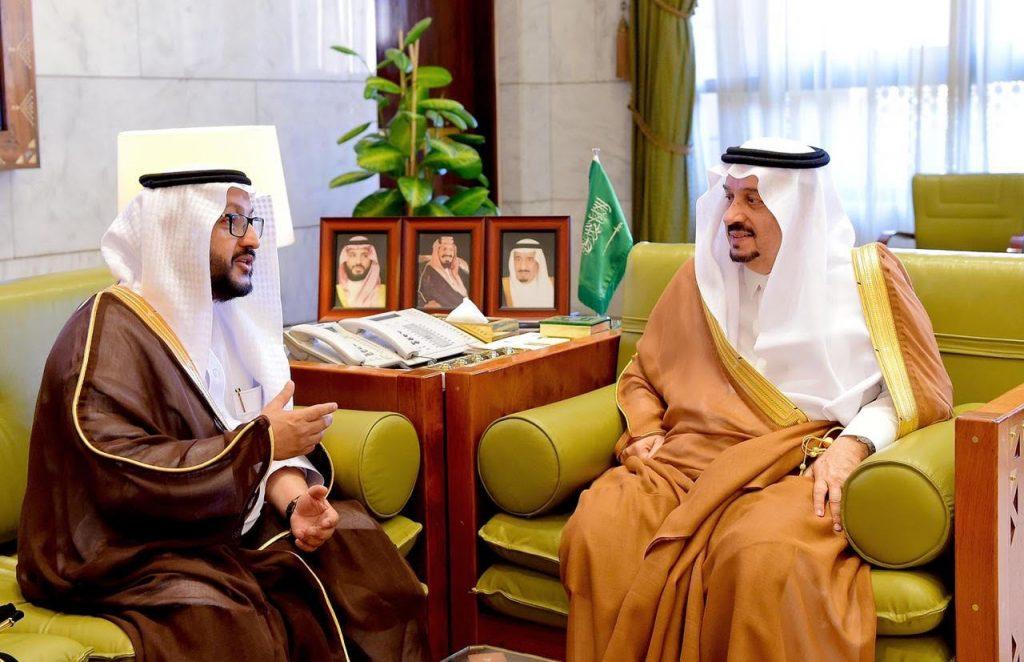 """سمو أمير الرياض يستقبل مدير عام """"صحة الرياض"""" الجديد"""