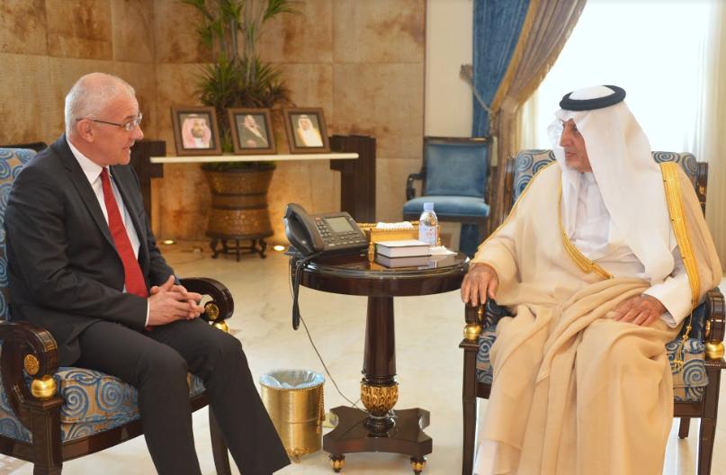 أمير مكة يستقبل سفير جمهورية التشيك لدى المملكة