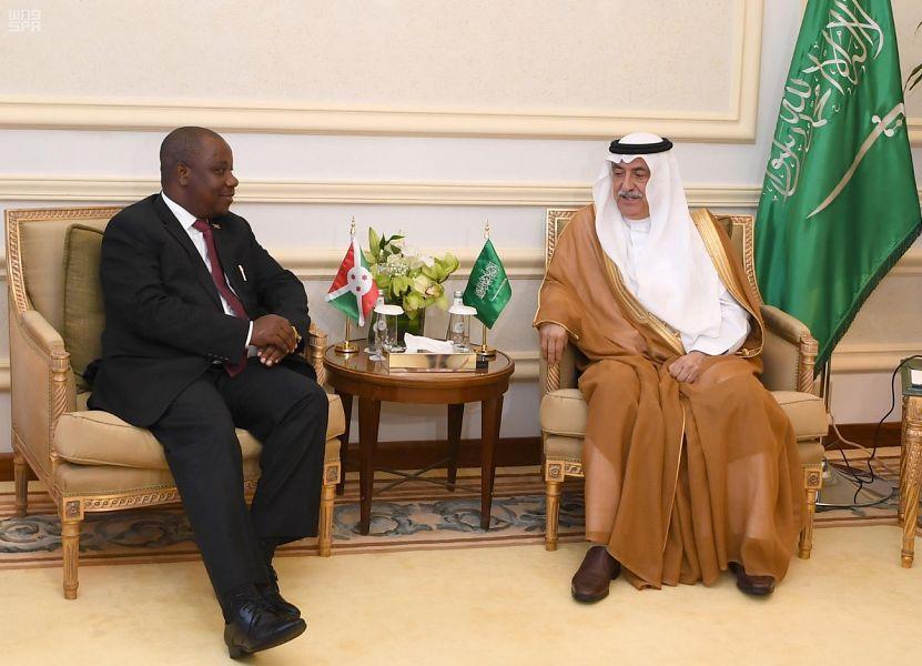 وزير الخارجية يجتمع مع وزير خارجية جمهورية بوروندي