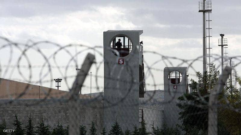 """تقرير: 46 حالة """"انتحار"""" بين معتقلي محاولة الانقلاب في تركيا"""