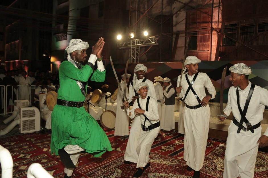عروض رقص المزمار الشعبي في موسم جدة التاريخية