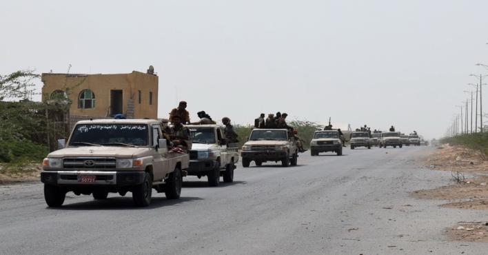 مصرع أكثر من 30 حوثيًا بكمين للجيش اليمني في صرواح