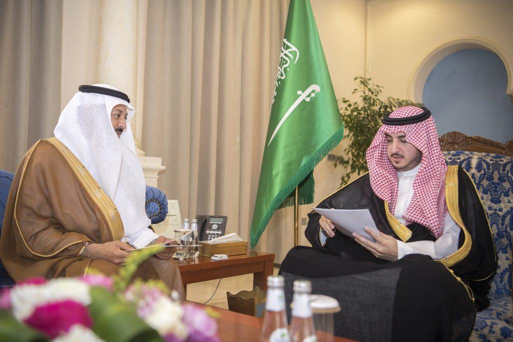 أمير الجوف يؤكد على تطوير مشاركة وفد المنطقة في الجنادرية