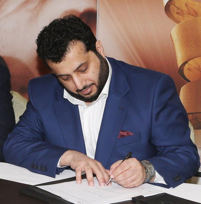 آل الشيخ أول سعودي يمتلك ناد أوروبي بالكامل