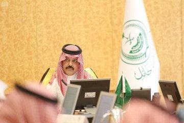 أمير حائل يرأس جلسة مجلس المنطقة الثانية في دورة الانعقاد الثالثة