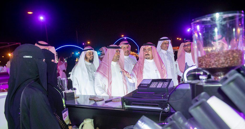 وكيل إمارة منطقة القصيم يزور مهرجان صيف بريدة 40