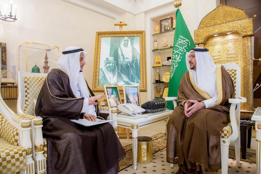 الأمير فيصل بن مشعل يستقبل مدير إدارة خدمات المياه بالقصيم