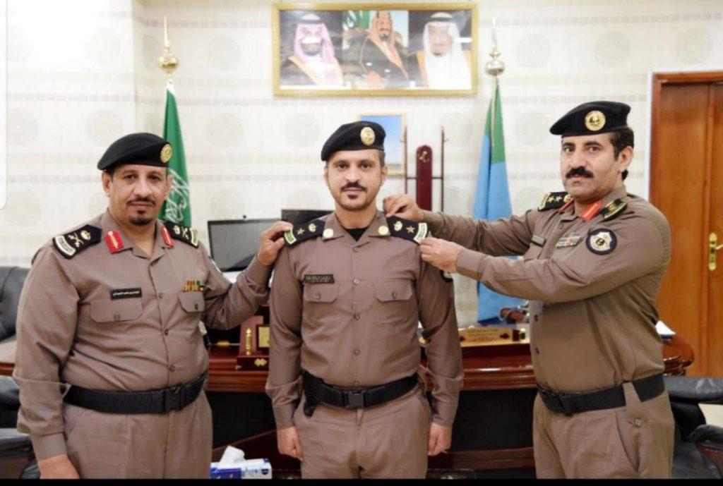 مدير شرطة الشماليه يقلد المقدم سعيد عسيري رتبته الجديده