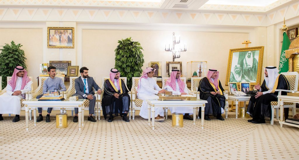 """أمير القصيم يستقبل الرئيس التنفيذي للشركة السعودية للخطوط الحديدية """"سار"""""""
