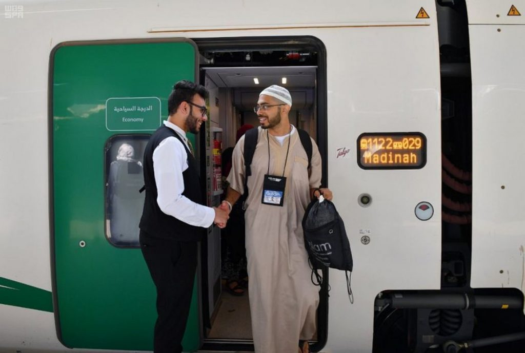 «المدينة» تستقبل أولى رحلات قطار الحرمين المخصصة لضيوف الرحمن