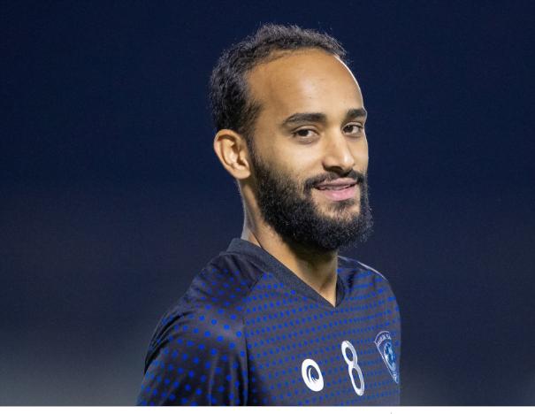 إصابة لاعب الهلال عبدالله عطيف بتمدد في الرباط الجانبي للركبة