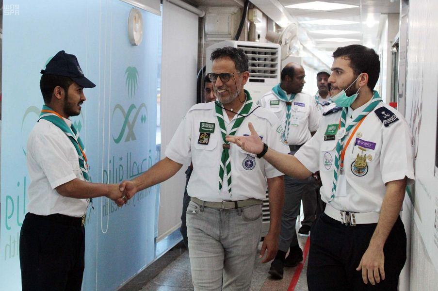 نائب رئيس جمعية الكشافة العربية يتفقد المعسكر الكشفي لخدمة الحجاج بالمدينة المنورة