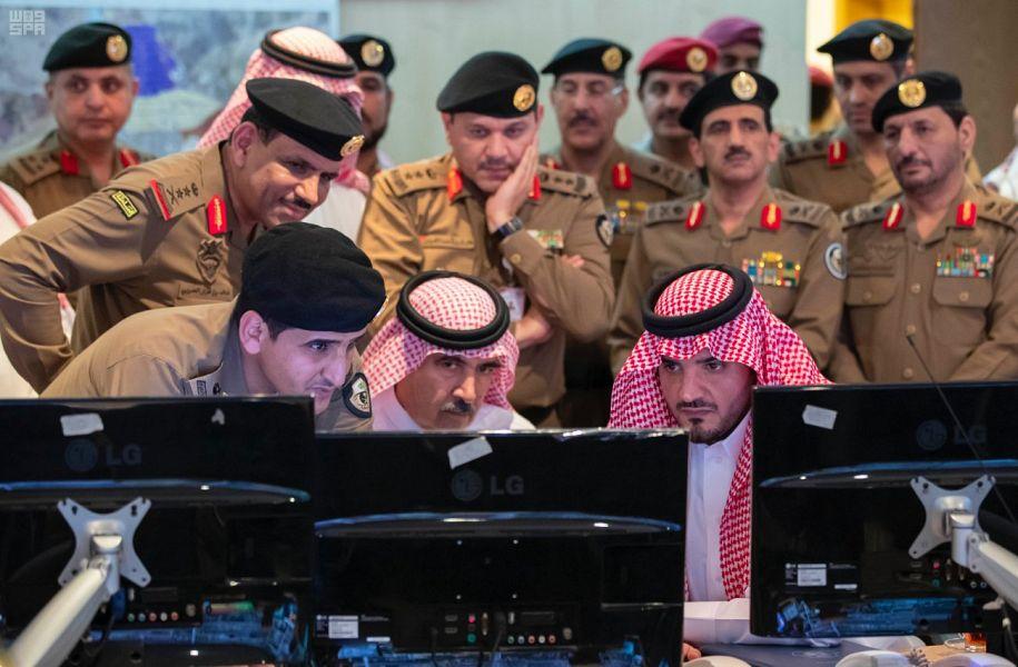 سمو وزير الداخلية يلتقي مدير الأمن العام