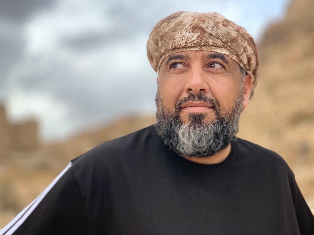من قتل شقيق عبدالملك الحوثي.. محمد العرب يجيب