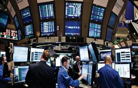 الأسهم الأوروبية تتراجع مع استمرار مخاوف بشأن النمو العالمي