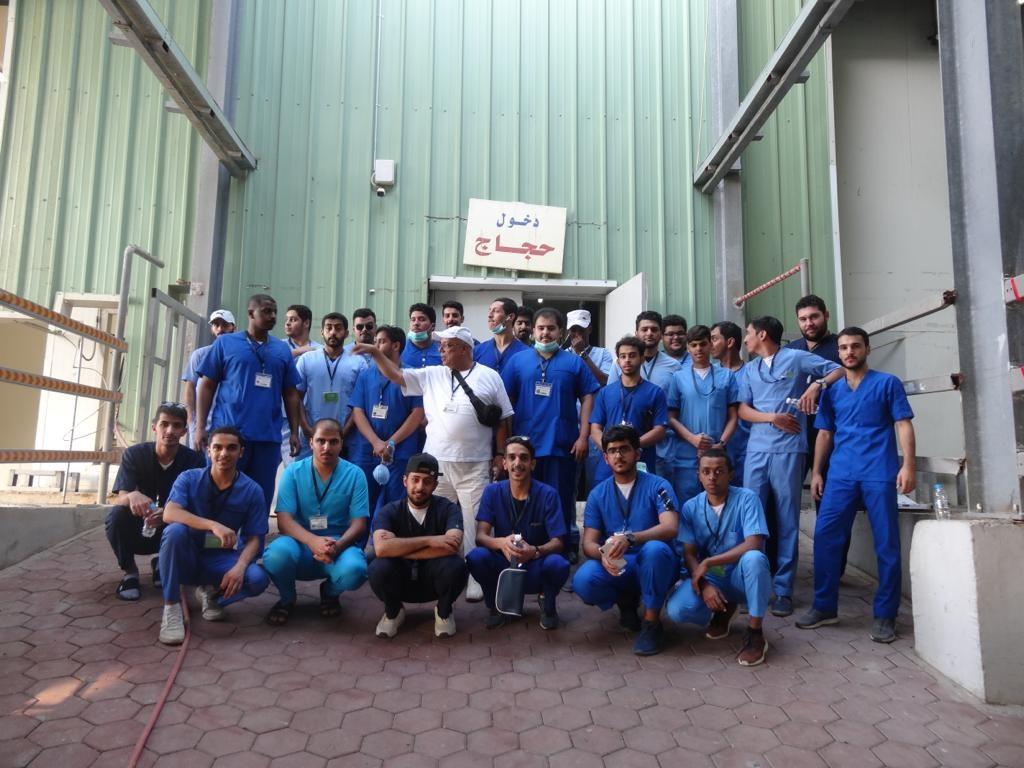 فريق بيطري من جامعة القصيم يُشارك في مشروع الإفادة من الهدي والأضاحي بمكة