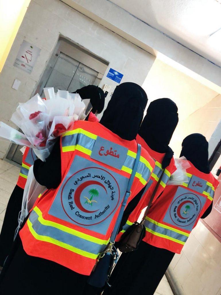"""فرع هيئة الهلال الاحمر بمنطقة تبوك يفعل مبادرة """"معكم التطوعي"""""""