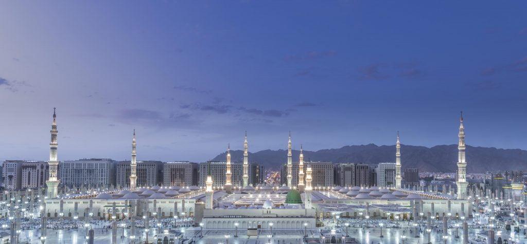 وكالة شؤون المسجد النبوي تطلق اللغة الثامنة ضمن مشروع خادم الحرمين الشريفين لترجمة الخطب الفورية على تردد 107.9 FM