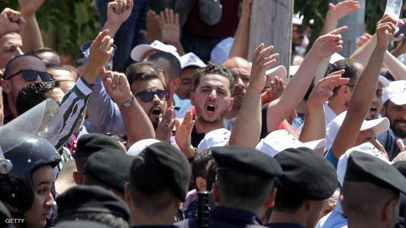 بعد رفض الحكومة.. إضراب معلمي الأردن في يومه الرابع