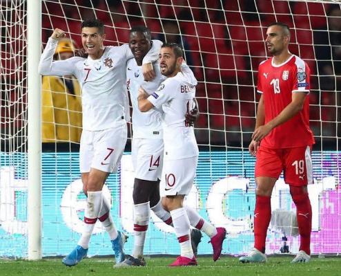 البرتغال بقيادة رونالدو تسقط صربيا برباعية في تصفيات يورو 2020