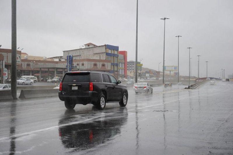 هطول لأمطار رعدية من متوسطة إلى غزيرة تؤدي إلى جريان السيول ومصحوبة برياح نشطة على مناطق( جازان، عسير , الباحة ،مكة المكرمة)