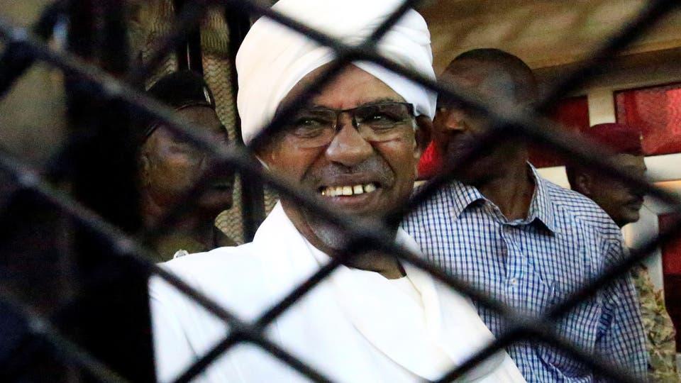 مطالبات بضرورة ملاحقة كل من تورط بدماء السودانيين أو نهب أموالهم