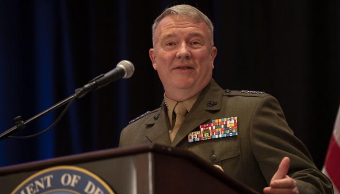 قائد القيادة المركزية الأمريكية يرحّب بانضمام المملكة لمجموعة الأمن البحري الدولي