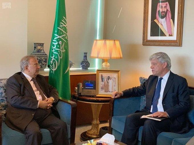 السفير المعلمي يستقبل المستشار الخاص للأمين العام للأمم المتحدة