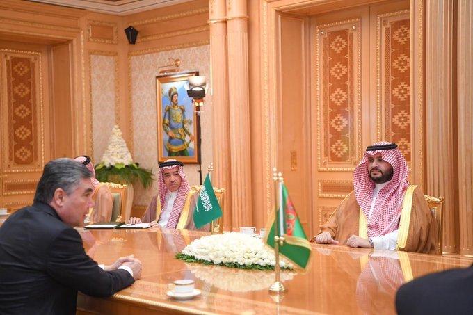 الرئيس التركمانستاني يستقبل الأمير تركي بن محمد بن فهد