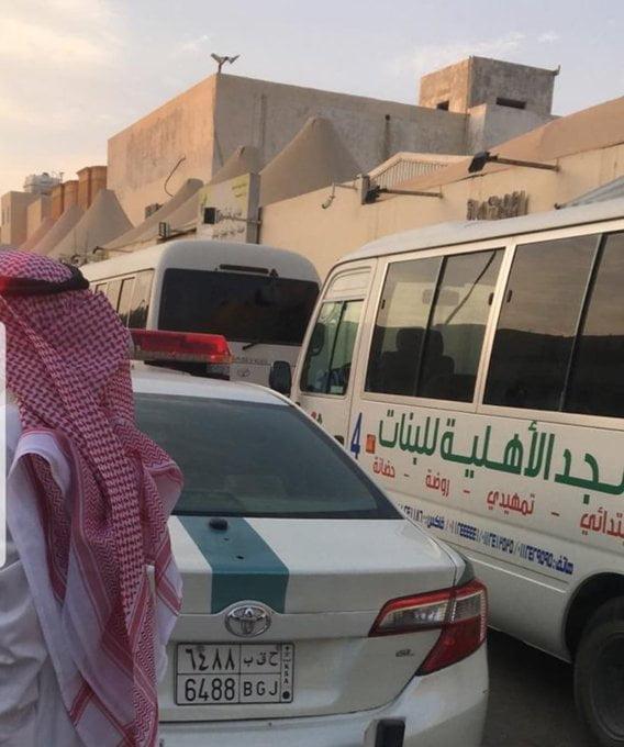 مرور الرياض يقبض على قائد حافلة مدرسية عكس اتجاه السير