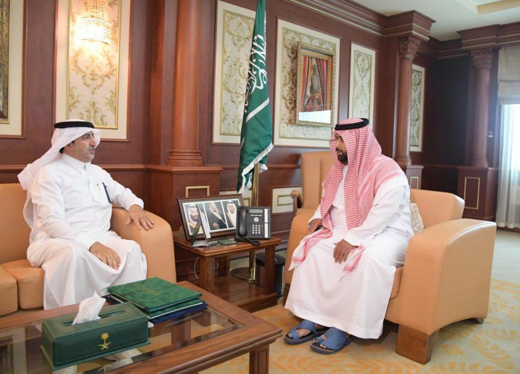 الأمير محمد بن عبدالعزيز يستقبل مدير كهرباء منطقة جازان