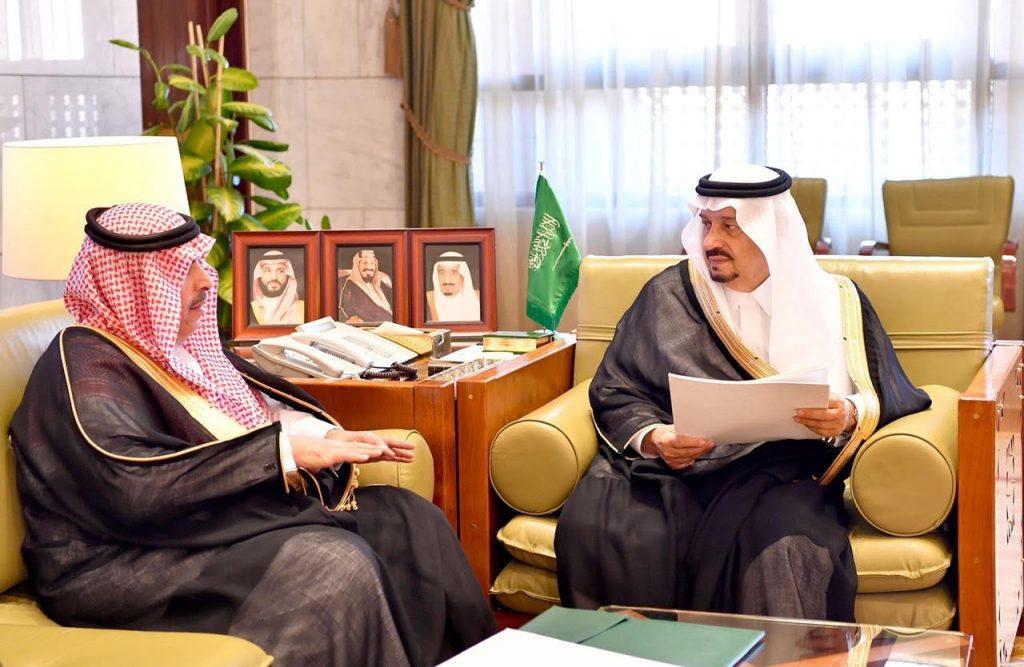 الأمير فيصل بن بندر يستقبل مدير عام التعليم بمنطقة الرياض