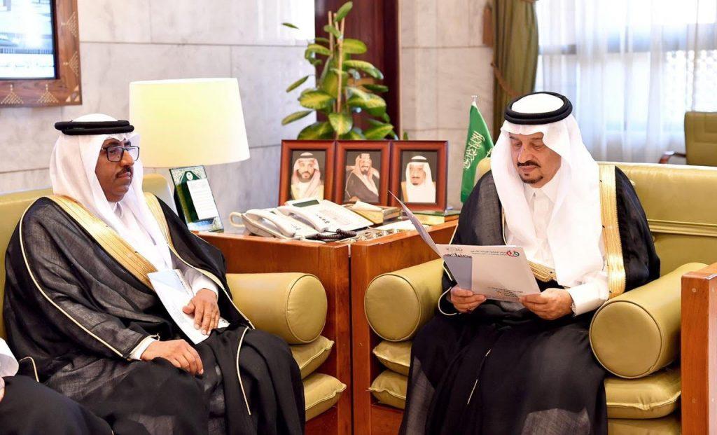 أمير منطقة الرياض يستقبل رئيس مركز تعارفوا للإرشاد الأسري ومستشاري ومستشارات المركز