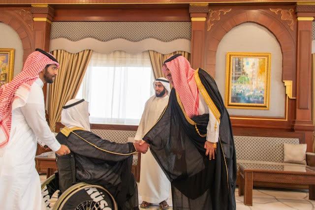 أمير المدينة المنورة يشدد على كافة الجهات الحكومية والأهلية بالمنطقة بتطبيق الاشتراطات التي تضمن الوصول الشامل للأشخاص ذوي الإعاقة