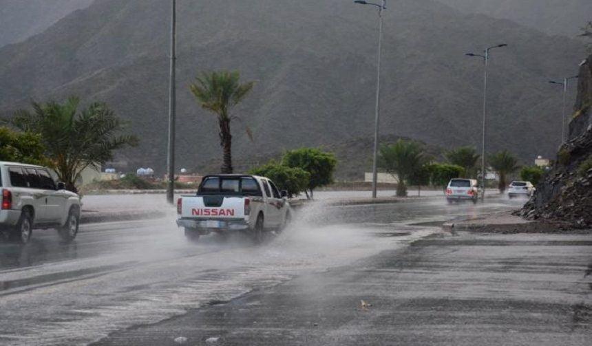 أمطار رعدية على منطقة عسير حتى الـ 8 مساء
