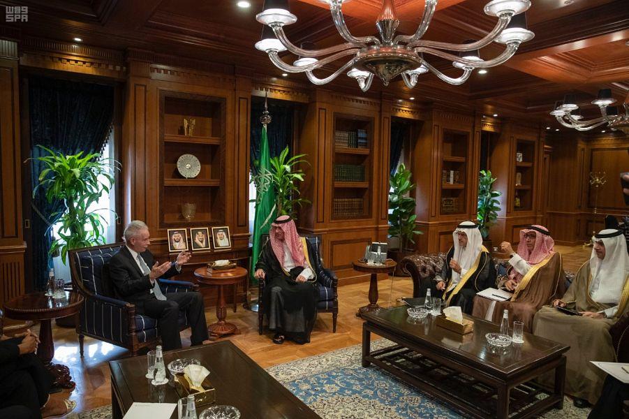 وزير الدولة للشؤون الخارجية يستقبل وفد من مجلس سياسة الشرق الأوسط MEPC